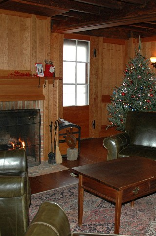 Tavern Room Decorated for Christmas, Now and Then